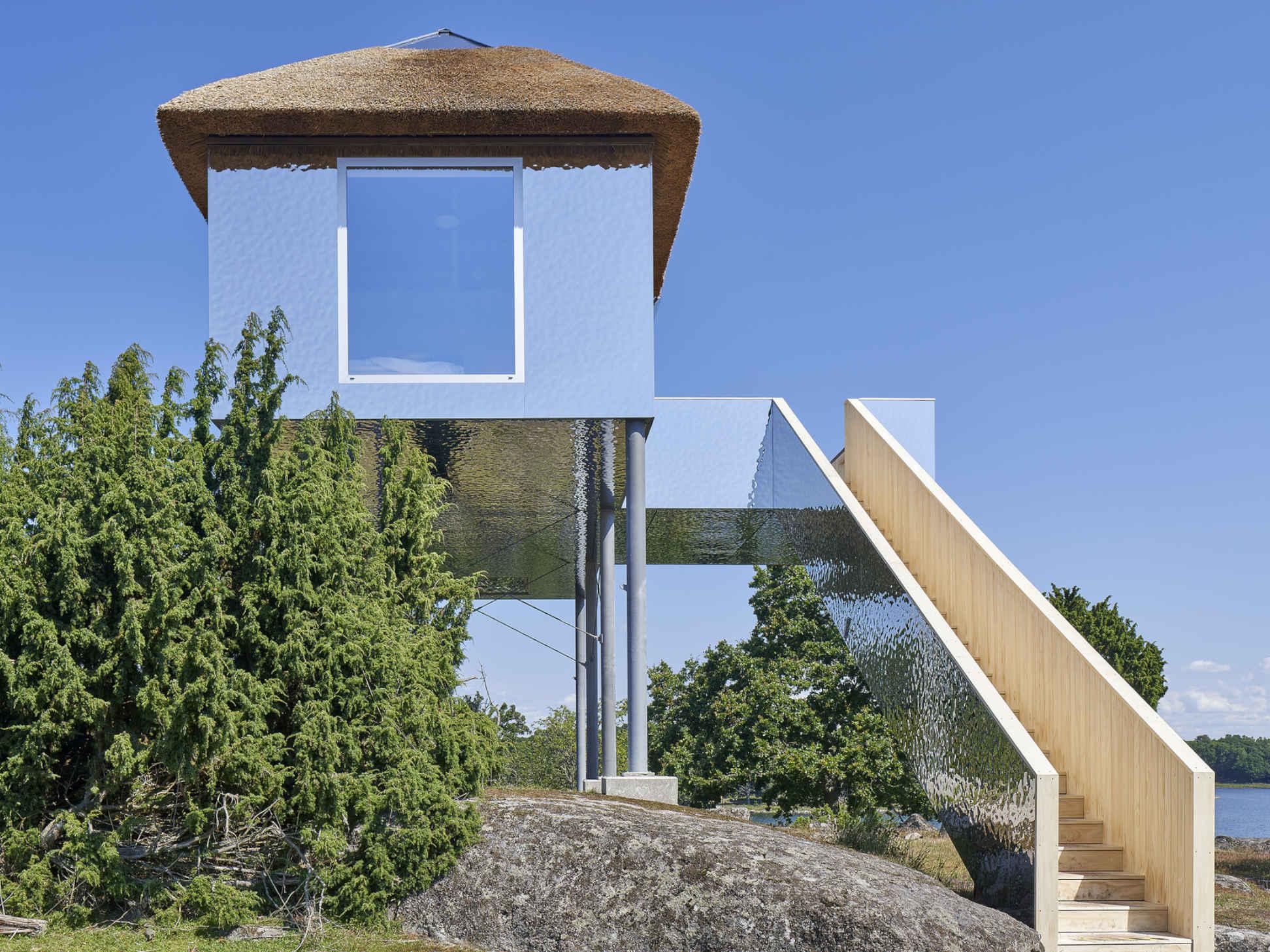 SynVillan, l'emozione di vivere sospesi nel cuore del più grande parco safari della Scandinavia